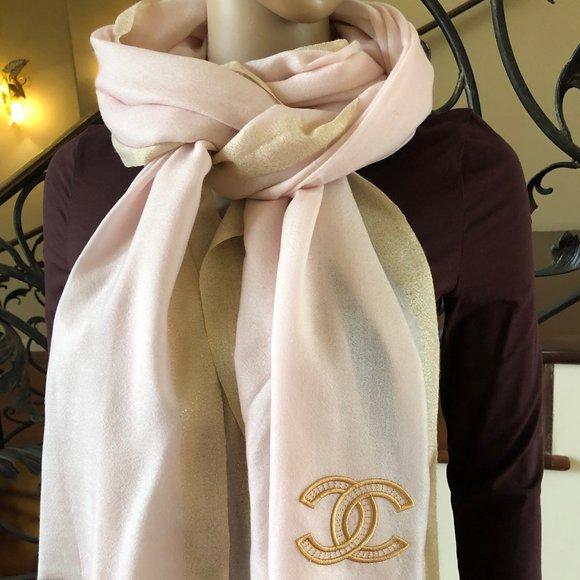 Chanel pink light scarf